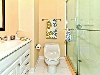 Jacksonville Beach townhome rental - Finely Appointed Master bath
