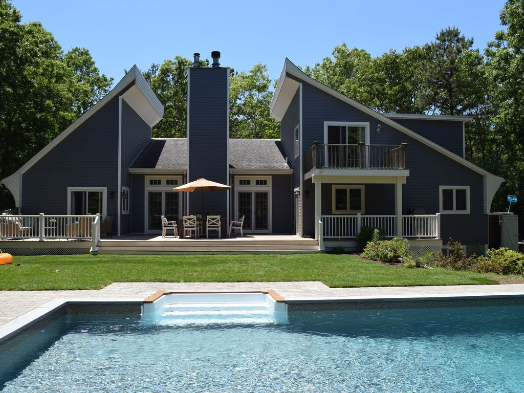 east hampton contemporary beach house homeaway east