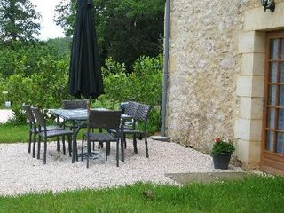 Outside dining area in Le Pommier