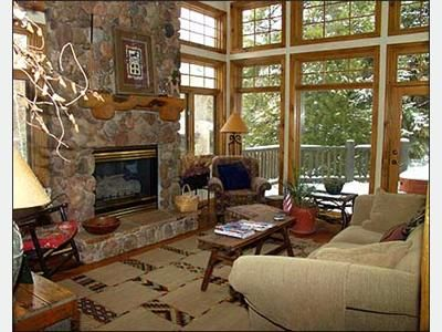 Large Great Room - 10-Foot Moss Rock Fireplace, Pine/Aspen Views