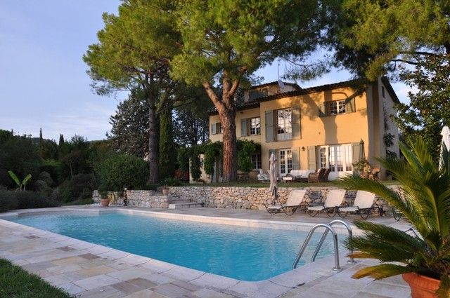 Air-conditioned accommodation, 280 square meters , Saint-paul-de-vence, France