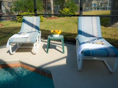 Seasons villa rental - Pool-side