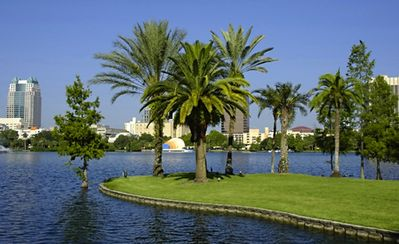 5 BLOCKS TO LAKE EOLA