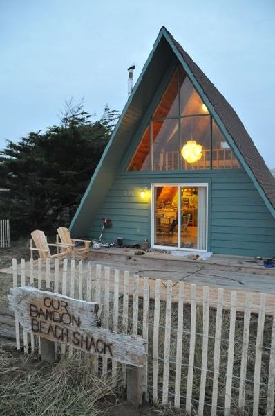 charming, completely remodeled, and fully  vrbo, Beach House/