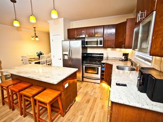 Atlantic City townhome photo - Kitchen with Beautiful Lighting!