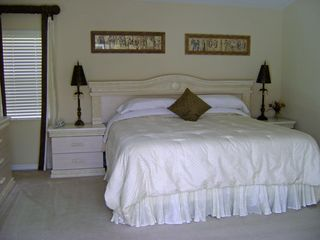 Naples villa photo - Master Bedroom with ensuite facilities