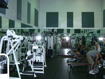 Fitness center - one of three rooms - handball court also