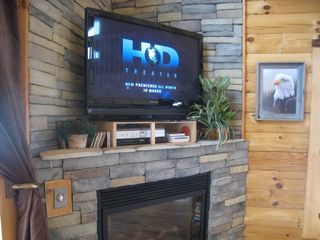 Wears Valley cabin photo - HD TV with Ninetendo Wii, propane fireplace, huge windows for Views!