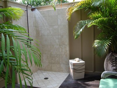 Four Seasons Hualalai villa rental - outdoor Private shower garden