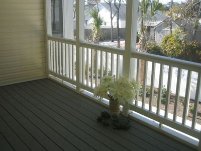 Screened Porch in back