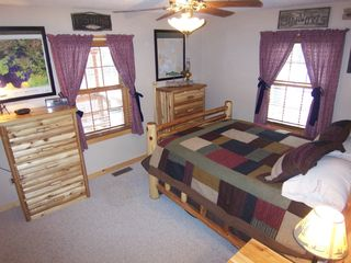 Deadwood cabin photo - 'Lake of the Woods' Bedroom