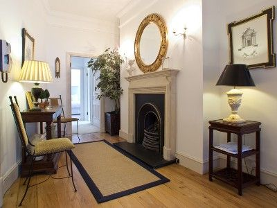 Kensington & Chelsea apartment rental - Elegant Entry