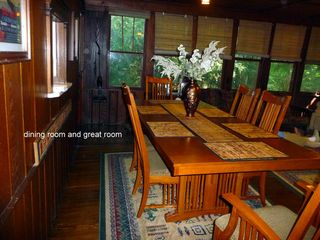 Seven Springs cabin photo - Dining area with mision hardwood seating for 6