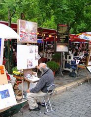18th Arrondissement Montmartre apartment photo - Painter at Place du Tertre