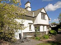 BECK COTTAGE, family friendly in Bowness and Windermere, Ref 920250
