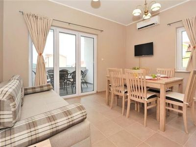 Holiday apartment 406995