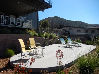Beautifully New Remodeled Home Sitting On The Hillside Overlooking Slo.