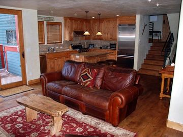 Telluride condo rental - Gourmet Kitchen with VIKING STOVE/OVEN and REFRIGERATOR