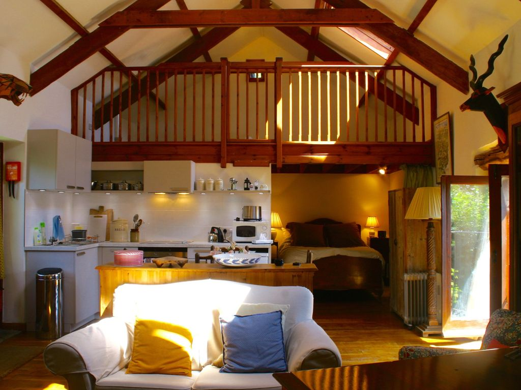 Townend Barn Delightful Open Plan Barn Conversion With