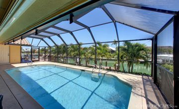 Large Inviting Electrically Heated Pool ...