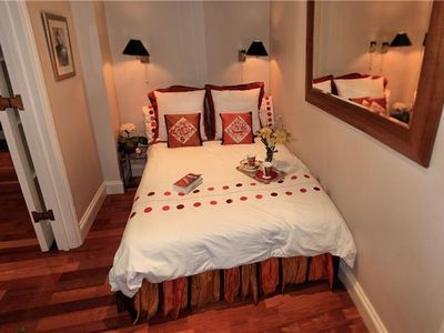 Bedroom with 5 foot x 6.6 foot bed (1.50mx2.0m) & En Suite Bathroom