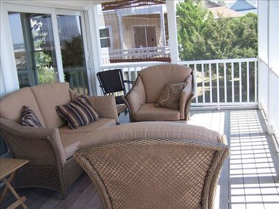 Screen porch, oceanfront