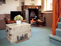 BEECHCROFT, pet friendly, with open fire in North Molton, Ref 916092