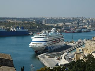 Marsaskala apartment photo - Valletta harbour