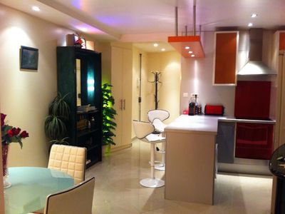 Holiday apartment, 74 square meters , Argenteuil, France
