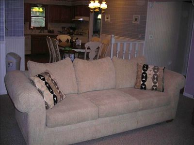 Suttons Bay house rental - Living Room - Queen size sleeper sofa