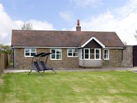 ROSE COTTAGE, family friendly in Longville In The Dale, Ref 3665