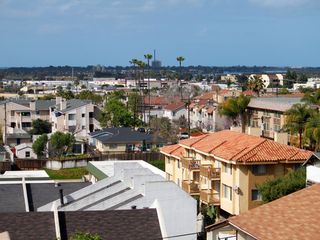 Mission Bay townhome photo - Balcony view of Sea World tower and views to ocean