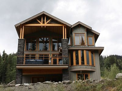 Sun Peaks chalet rental - A view of the back of the house