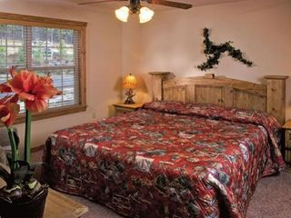 Branson cabin photo - Each Bedroom has King-Size bed, Cable TV, and a DVD player