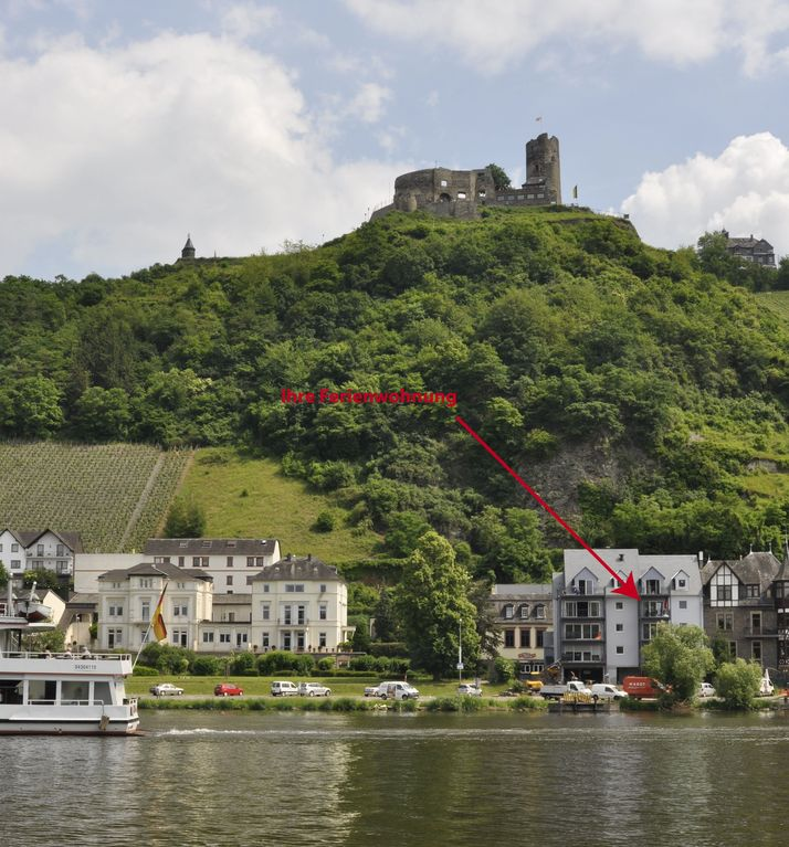 Luxurious 5 ***** apartment with a balcony to the Mosel