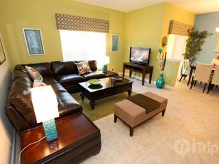 Paradise Palms townhome photo - Large living room, free wifi
