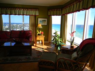 Pensacola Beach condo photo - All the comforts of home at the beach