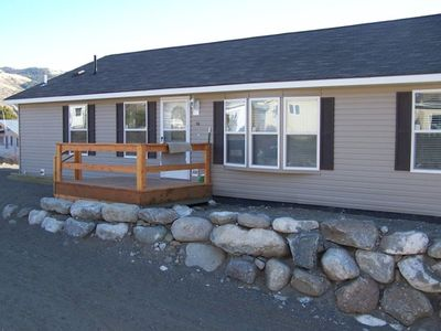 Gardiner View vacation rental with 3 bedrooms/2 baths/full kitchen