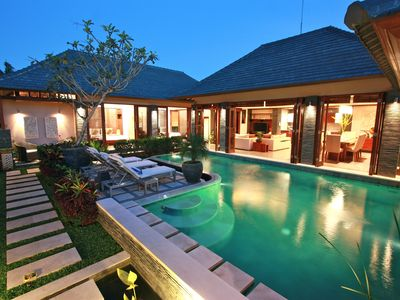 Canggu villa rental - The Villa at night