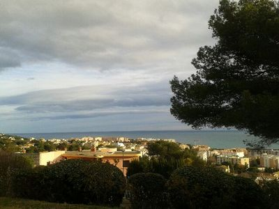 Apartment grd standing and quiet, 5+ adults, panoramic sea views 45m + 29m