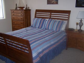 Lake Ozark condo photo - 2nd Bedroom with Queen size sleigh bed