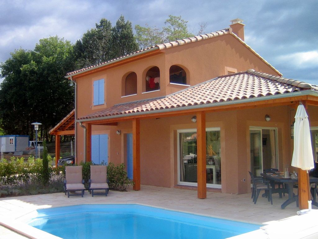 Holiday house, 130 square meters , Sampzon, France