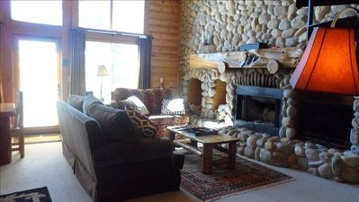 Living Room-cozy rustic chic with lots of light--gas fireplace & flat screen TV