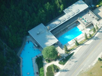 Radium Hot Springs no odor hot springs and cool pool, 6 minute drive