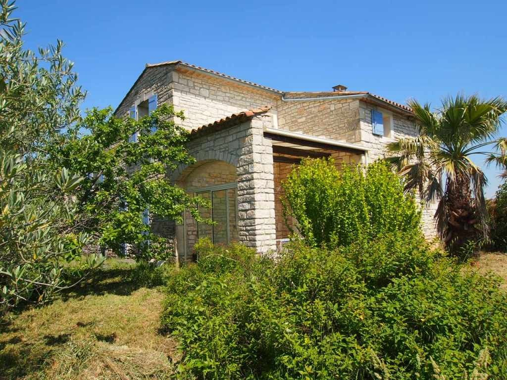 Accommodation near the beach, 150 square meters, , Laval-saint-roman, Languedoc-Roussillon