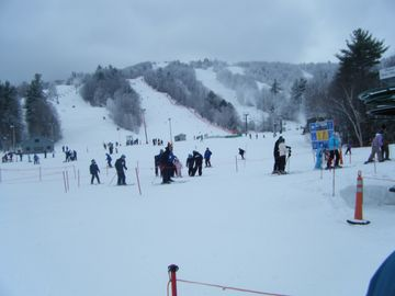 Gunstock Ski resort - 10 minutes away