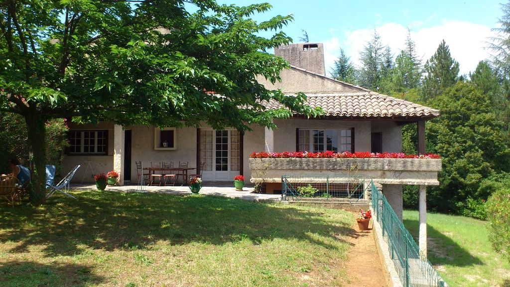Peaceful house, with terrace , Anduze, Languedoc-Roussillon
