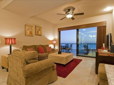 Open, Ocean Front and Spacious Living Room