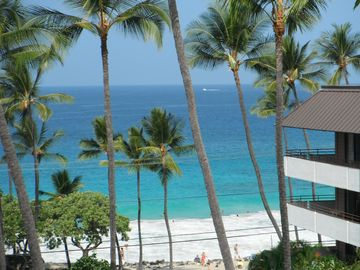 Kailua Kona condo rental - View from the Lanai to Magic Sands Beach-snorkeling,swimming and boogie boarding
