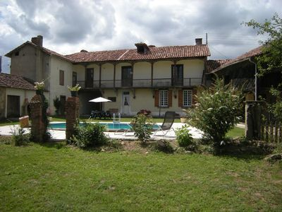 Substantial 17C French Farmhouse Gite with private Pool